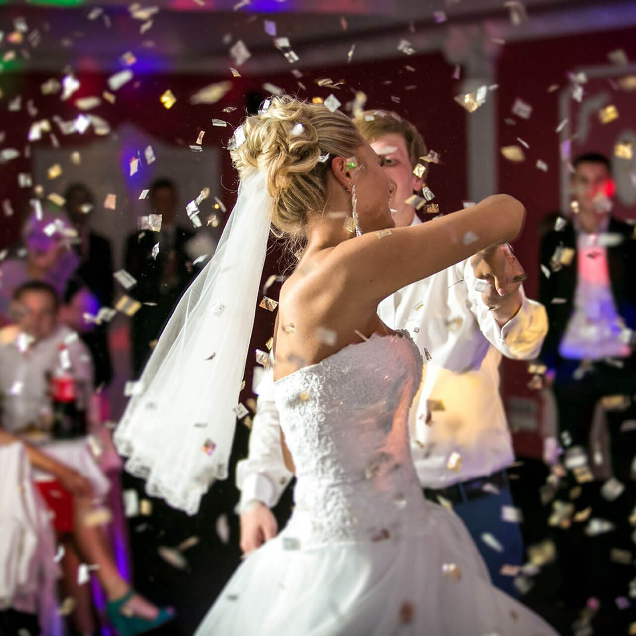 Happy-Wedding-Dance
